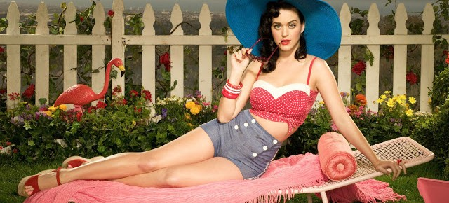 un-wallpaper-di-katy-perry-in-stile-pin-up-anni-30-40-125388